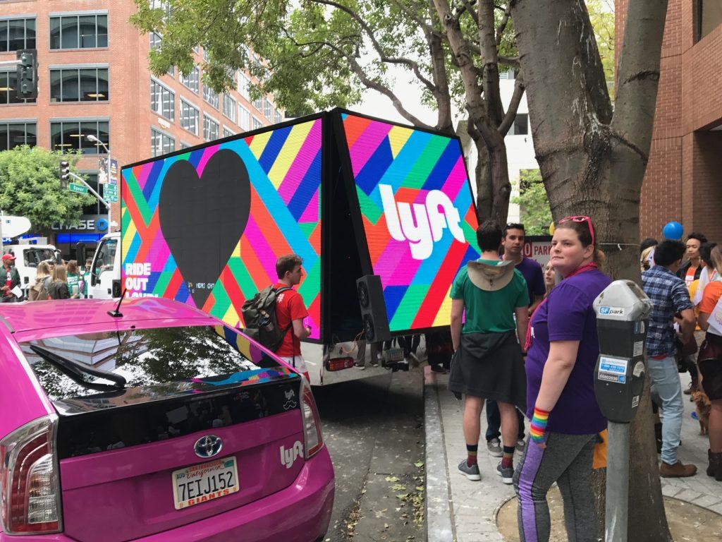 LED Digital mobile billboard truck